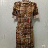 Шикарное нарядное стрейчевое платье с золотым переливом и золотыми стразами Акция читайте