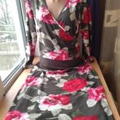 Очень красивое нежное платье,состояние хорошее,р.1416,смотрите замеры