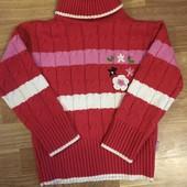 Тёплый красивый свитер