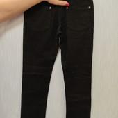 Классические джинсы с 5 карманами. Унисекс. В отличном состоянии.