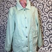 Яркая, весенняя курточка Kingfield на пышненькие формы. В идеальнейшем состоянии.