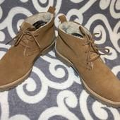 Шикарные, замшевые ботинки европейского бренда H&M. р 38.