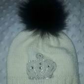 Шерстяная шапка для девочки