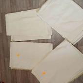 четыре куска ткани