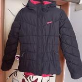 Куртка на худенькую девушку или подростка в отличном состоянии