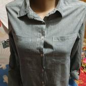 Рубашка в синебелую полоску на М