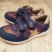 Кожаные фирменные кроссовки Pablosky, покупали в Антошке