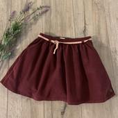 Вельветовая юбка для девочки 9-10 лет. В хорошем состоянии.