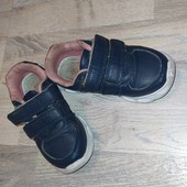 Кроссовки для мальчиков и девочек стелька 16,5 Состояние видно на фото