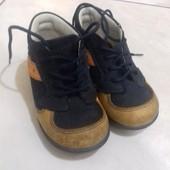 Класні черевички Chicco 21 розмір