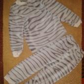 Плюшевая мягенькая пижама на 3-4 года