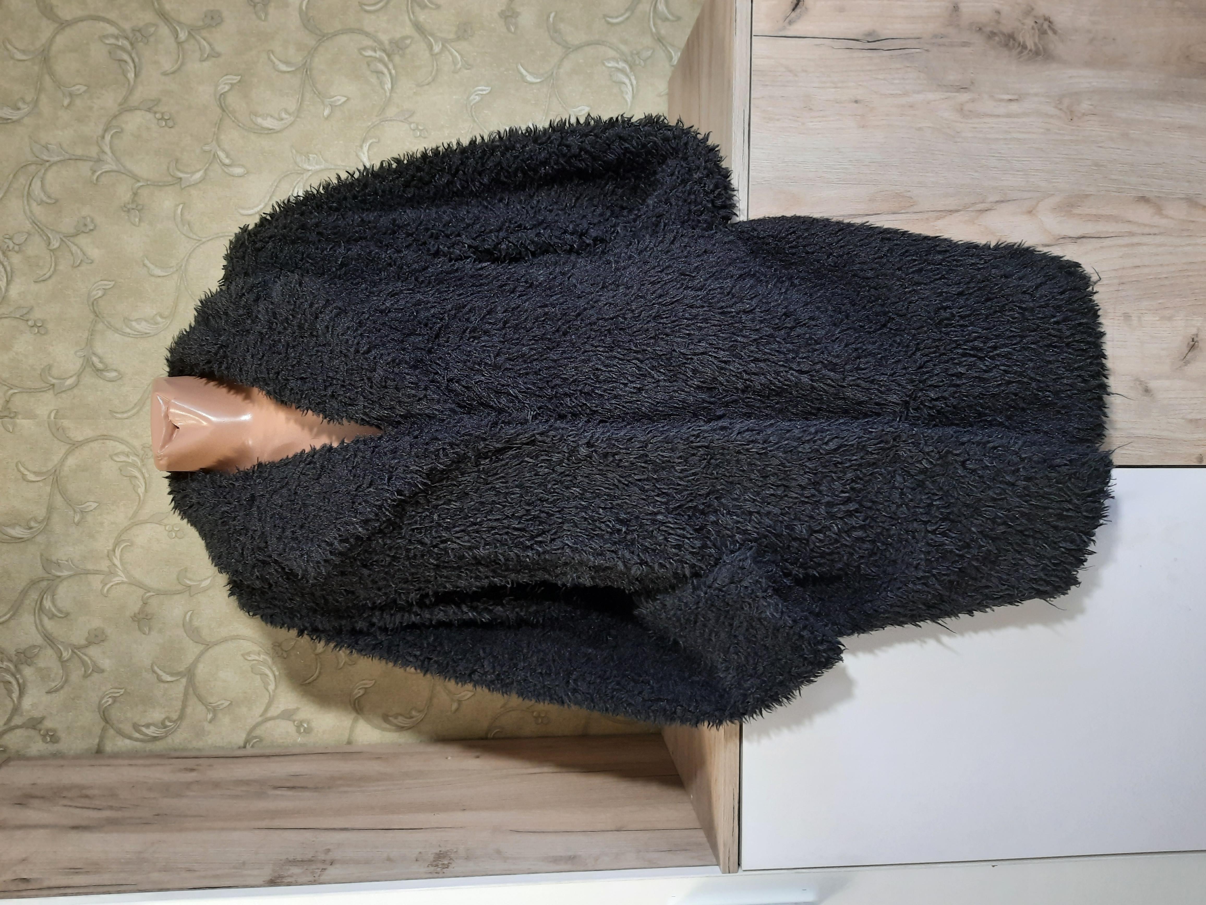 Собираем лоты!!! Мягкая кучерявая демисезонная шубка (не зима),размер 34