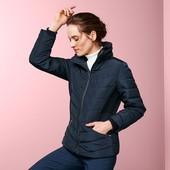 Теплая стеганая куртка с меховым воротником от Tchibo Германия размер евро 42 (укр 48)