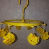 Вешалка-вертушка для сушки на 8 прищепках в виде мордочек Кота.