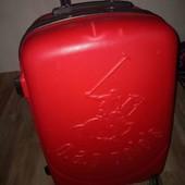 Яркий,красный чемодан  G.A.p. polo s