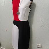 Шикарное нарядное яркое плотненькое платье р.10 Акция читайте