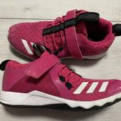 Кроссовки Adidas оригинал 36 размер стелька 22,5 см