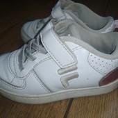 Стильненькие кросовки для девочки. Размер 24