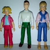Фигурки семья для куколного домика.
