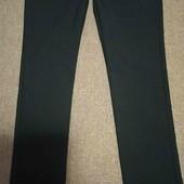 Черные брюки на 9-10 лет