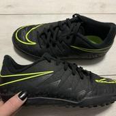 Кроссовки Nike оригинал 36 размер стелька 22,5 см