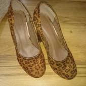 Леопардові туфлі 36р.