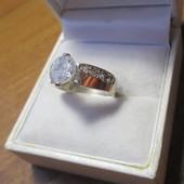 Изящное серебряное кольцо- серебро 925пр.+ золото 375 пр.