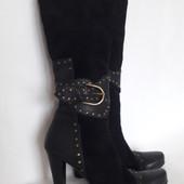 модные сапоги Испанского бренда Calsolarirccneti Stratelitr