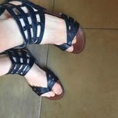 F&F.Стильные сандалии босоножки на низком ходу, На широкую ногу, от края до края 26 см