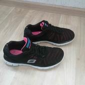 Фирменные кроссовки /Skechers /39 размер!!!
