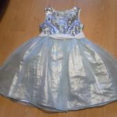 Классное нарядное платье Tu состояние отличное