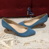 Туфлі із натуральної замші,від Minelli,розмір 38,устілка 25