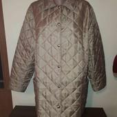 Не пропустіть! Легка стьогана курточка на пишні форми в чудовому стані та без слідів носки!