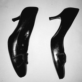 Чёрные классические туфли из натуральной кожи стелька 26 Jane Shilton