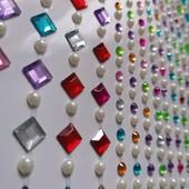 Самоклеящиеся декоративные стразы кристаллы-жемчужинки. В лоте 256 страз.(фото1)