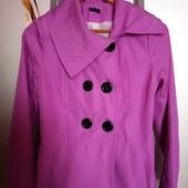 Легенькая курточка- пиджак.42р.
