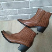 женские ботиночки. р. 41