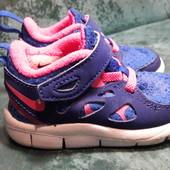 Фирменные кроссовки Nike Free run 2 21размер