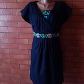 Платье з карманами, і вставки вишивки