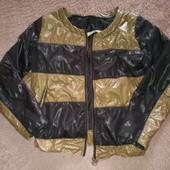 Качество! Легкая и стильная курточка/американка от Mariella Burani, в новом состоянии/нюанс