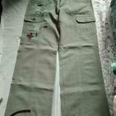 Жіночі штани фірми Casablanca з нашивками