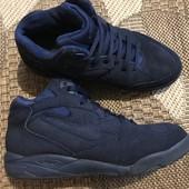 Замш натуральний кросівки Nike Air розмір 38 стелька 24 см у відмінному стані