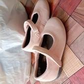 Фирменные Туфли . Читайте описание.