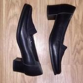 ❤️чёрные кожаные туфли на низком каблуке лоферы