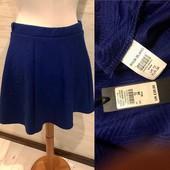 Новая классная юбка! Структурированный трикотаж! Размер 38 eur /12uk!