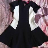 Красивое платье, размер 104.