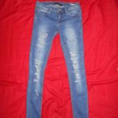 Telly Weijl джинсовые скинни.размер 32.в отличном состоянии.Оригинал!