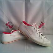 Фірмен. шкіряні кріпери, кросівки Nike - оригінал роз. 38.( незначний ньюанс )