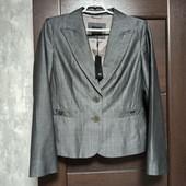 Фирменный новый красивый пиджак р.12-140 вискоза+шерсть