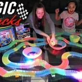 Гоночная трасса magic Tracks большая 200 деталей гибкая дорога-конструктор Magic Tracks